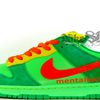 "Nike SB Dunk Low - ""Off"" Bug Sample"