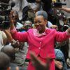 La présidente Catherine Samba-Panza va assurer une présidence de transition d'environ 1 an, en attendant...