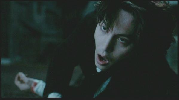 Sleepy Hollow (1999). Un film sublime. Ichabod Crane (interpr&eacute&#x3B;t&eacute&#x3B; par le Sublimissime et divin Johnny Depp) est envoy&eacute&#x3B; pour d&eacute&#x3B;couvrir l'auteur des meurtres dans Sleepy Hollow. H&eacute&#x3B;las, il d&eacute&#x3B;couvre vite que l'auteur n'est rien d'autre qu'un mort &agrave&#x3B; qui on a arrach&eacute&#x3B; la t&ecirc&#x3B;te, et pour se venger, celui-ci d&eacute&#x3B;cide de faucher les t&ecirc&#x3B;tes des habitants de Sleepy Hollow. Seulement, Ichabod d&eacute&#x3B;couvre que le cavalier sans t&ecirc&#x3B;te