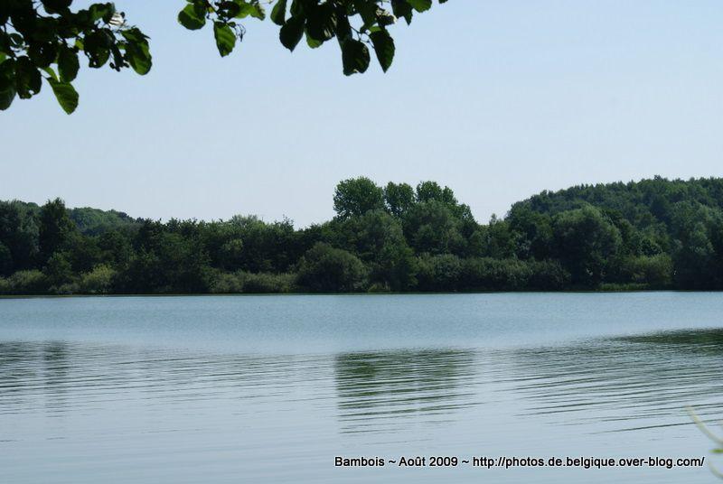 les Jardins du Lac de Bambois, Fosses-la-ville, Belgique - Campagne de Belgique