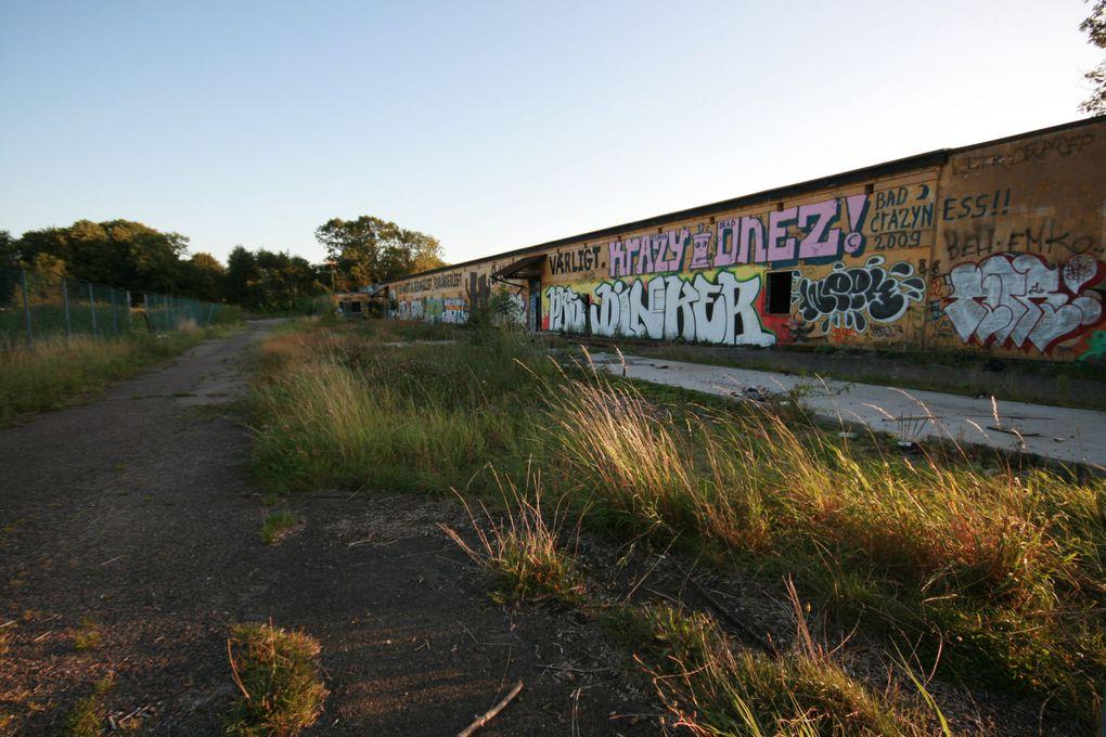 Photos prises en août 2009.Appareil photo : Canon EOS 400 D et Pentax Optio 33L, 3.2 Megapixels
