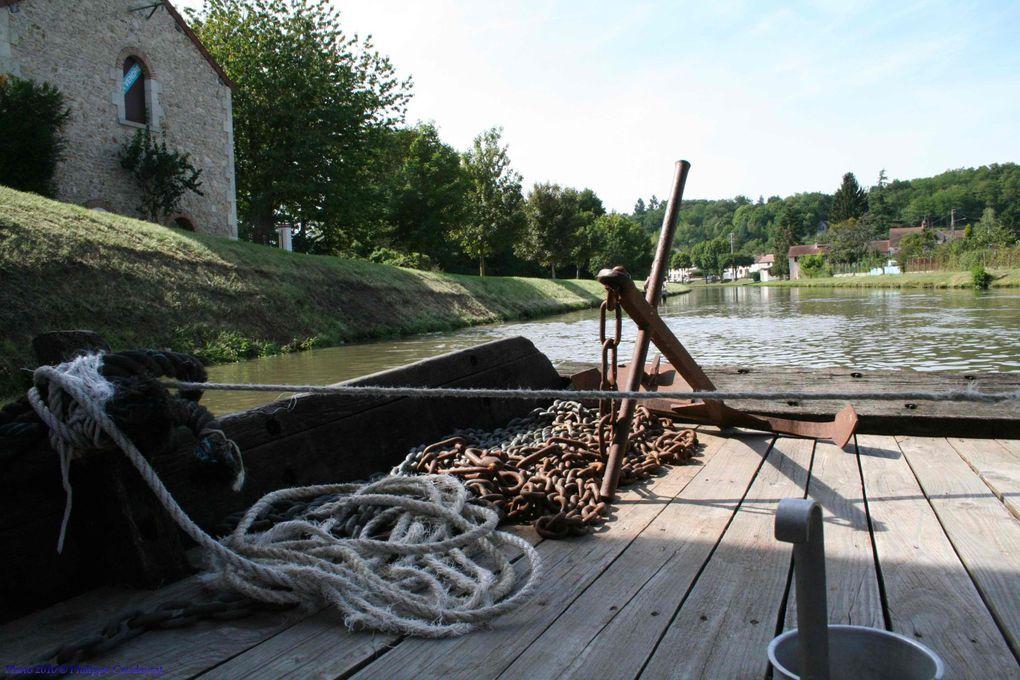 Rassemblement de bateau en bois de Loire et BRIARE 2010.Balade sur LAMARTINE.