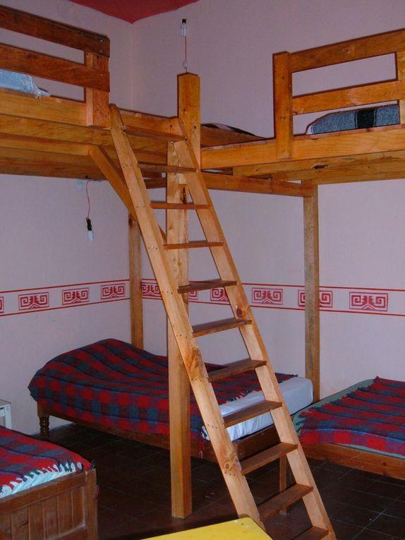 2 DORMITORIOS DE 6 CAMAS2 DORTOIRS DE 6 LITS2 DORMITORIES WITH 6 BEDS