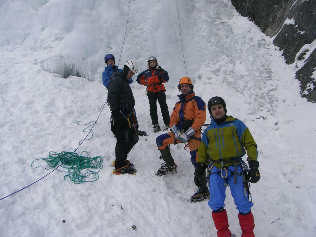 sortie cascades de glace club d'escalade  Villennes sur Seine du 3 au 8 février 2012Régis, Tot, Guillaume, Christophe, Christine, David