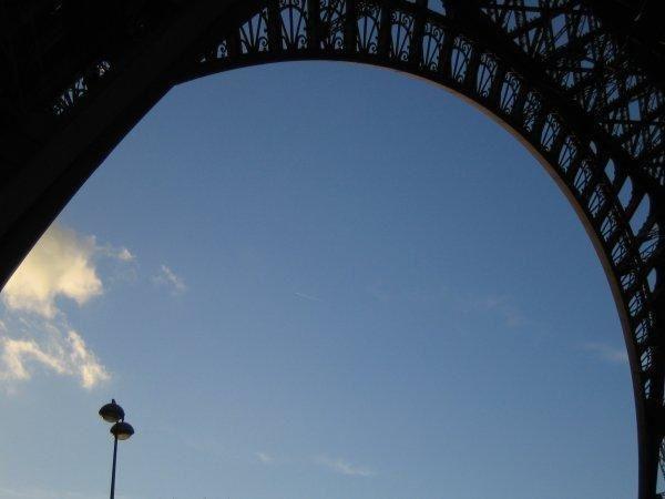 Paris, de l'insolite au classique, du b&eacute&#x3B;ton &agrave&#x3B; la verdure...<br/>