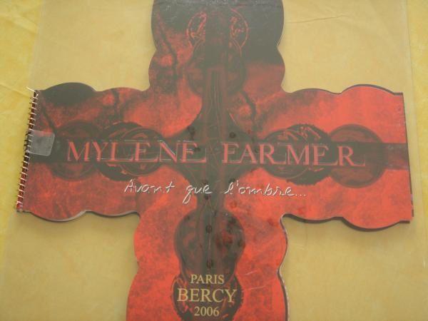 Quelques photos du concert de Myl&egrave&#x3B;ne &agrave&#x3B; Bercy le 22 janvier 2006<br /><br />