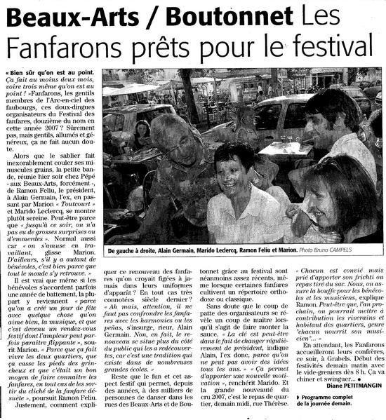 <p>voici un album regroupant des coupures de presse relatives &agrave&#x3B; la fanfare des Kadors de Montpellier</p>