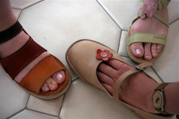 Album - Nombrils et pieds chaussés...les miens, les vôtres