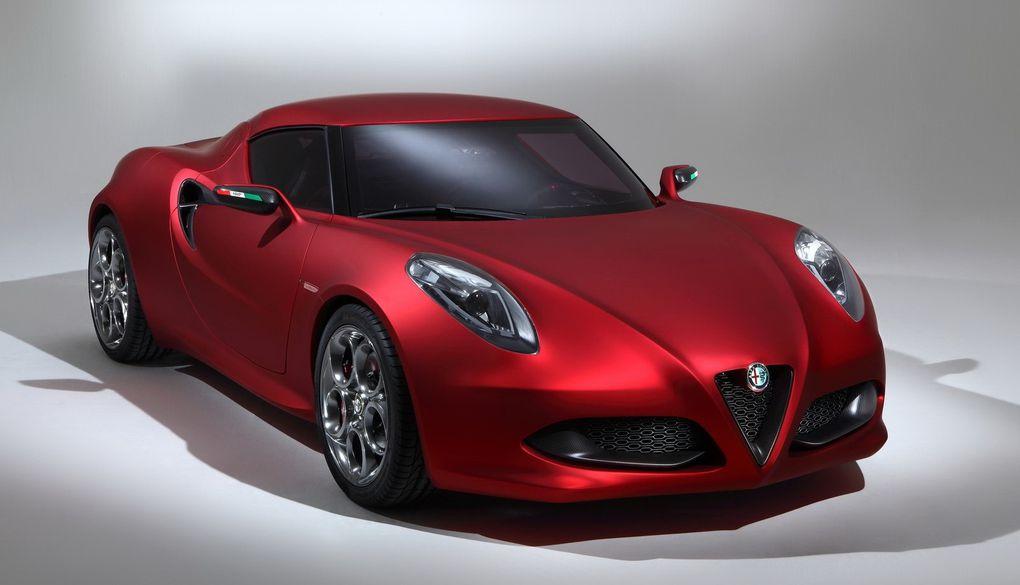 Ce concept-car préfigure l'arrivée d'un coupé deux places chez Alfa Romeo.