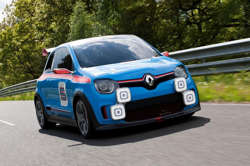 Ce concept tire son inspiration de la R5 GT Turbo. Il ne verra pas le jour mais pourrait préfigurer la future Twingo.