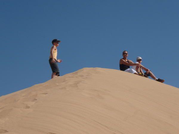 le maroc dans toute sa splendeur plage désert montagne 4x4