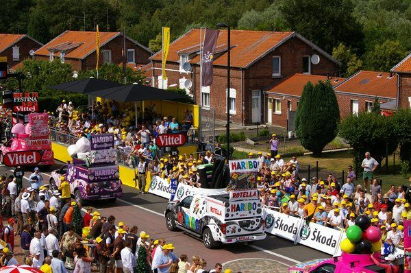 Album de la caravane du Tour de France 2010 à Wallers