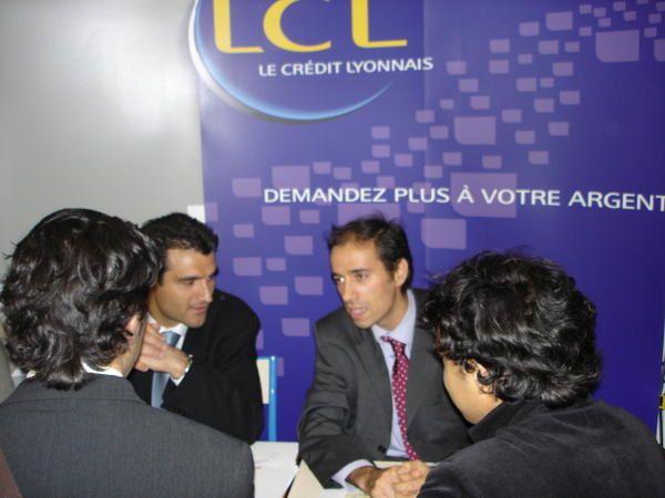 Forum de l'emploi du 25 avril 2006, organis&eacute&#x3B; par l'ISO Paris, Institut Sup&eacute&#x3B;rieur d'Optique pr&eacute&#x3B;parant au BTS Opticien Lunettier.
