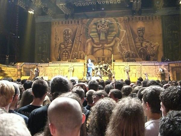 Photos de la seconde soirée d'Iron Maiden à Bercy.