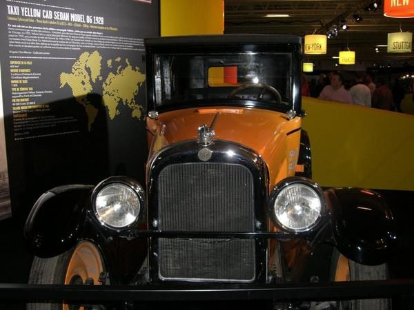 Suite des photos du Mondial de l'auto 2008.