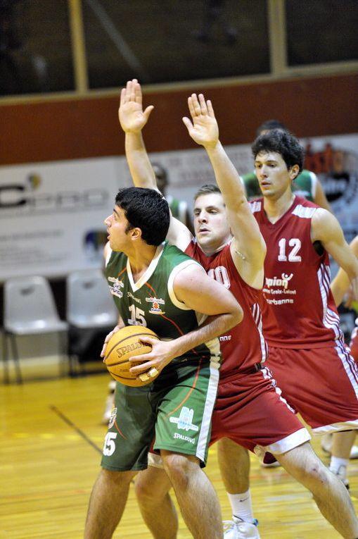 BCVB / BC CHARPENNES-CROIX-LUIZET, 20/11/2010 au Palais des Sports, et 5ème victoire enchaînée au palais pour nos Seniors R2