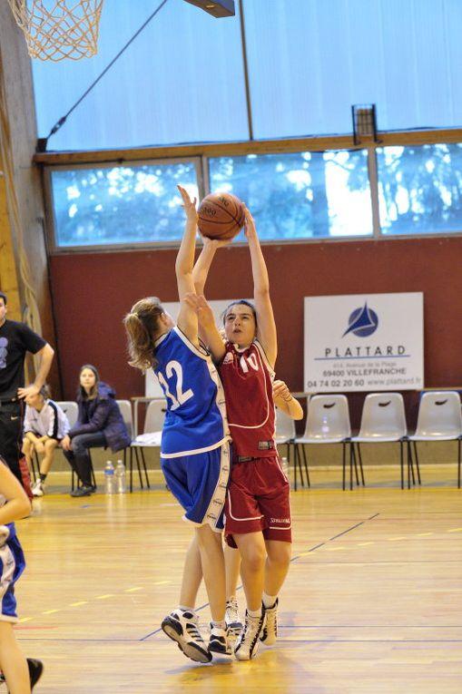Benjamines, victorieuses à vaugneray, et Seniors R2, vainqueurs du BC Dombes, en images pour les rencontres du 19/03/2011