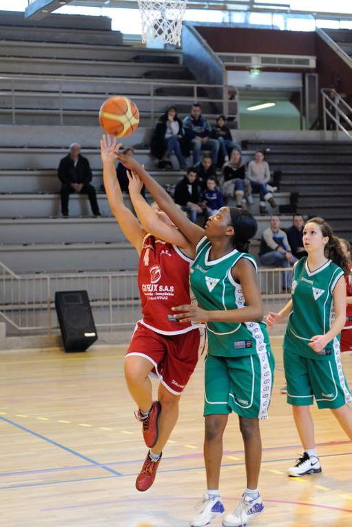3 Matches au Palais des Sports samedi 21 janvier 2012 :- Les Cadettes contre l'AS Villeurbanne- Les Minimes contre l'US Jassans- et les Seniors R2 face au Val d'Aix
