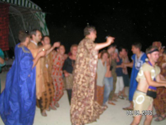 <p>La fameuse fiesta du 03/09/2005....&nbsp&#x3B; Bon esprit... Tr&egrave&#x3B;s tr&egrave&#x3B;s&nbsp&#x3B;bon esprit !!! &#x3B;)</p><p>Quelques stats :&nbsp&#x3B;</p><p>136 bracelets d'attribu&eacute&#x3B;s (donc 146 participants ... )</p><p>300 L&nbsp&#x3B;de bi&egrave&#x3B;res&nbsp&#x3B;( au fait il en restait combien ???)</p><p>60L de punch etc...</p><p>Et surtout : <strong>250 ans &agrave&#x3B; f&ecirc&#x3B;ter !!!</strong></p><p>&nbsp&#x3B;</p><p>Encore merci &agrave&#x3B; ceux qui sont venus ... on t&acirc&#x3B;chera de remettra &ccedil&#x3B;a... :)</p