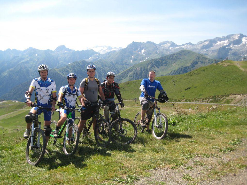 Sortie VTT club: descentes Superbagnères / Luchon qui a eu lieu le mardi 28 juillet 2009.