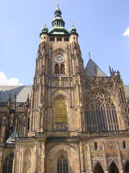 La ville de Budapest, ces bars, ces spécialités culinaires, les monuments.... Une ville magnifique
