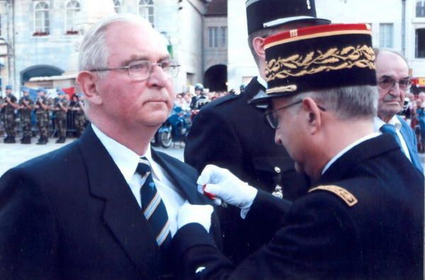 Jean SOUJAEFF a été décoré de la Légion d'Honneur le 14 juillet 2007 pour faits militaires. Félicitations Cher Jean !
