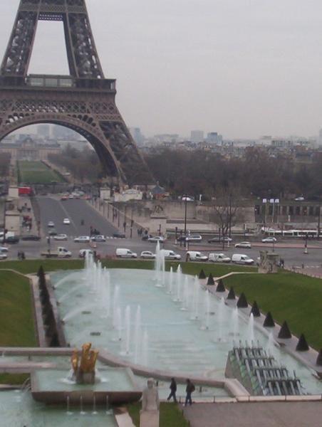 Et voici les plus beaux monuments parisiens ...