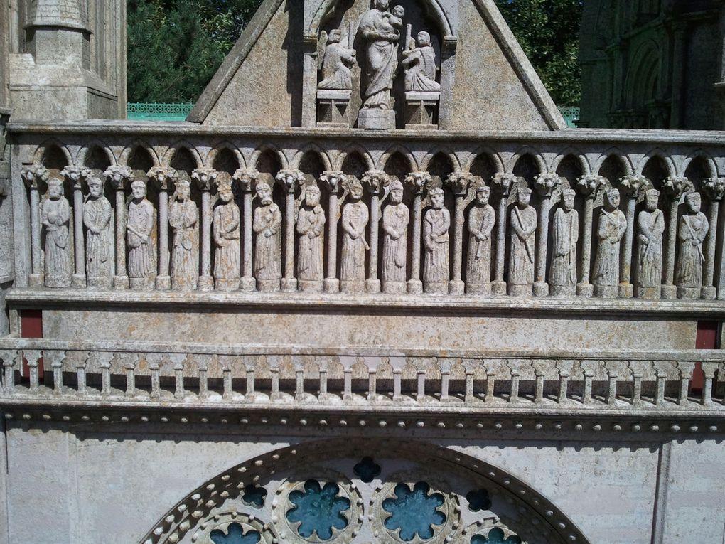 Photos réalisées pour la plupart samedi 25 août 2012 sur le site de France Miniature à Elancourt (Yvelines)