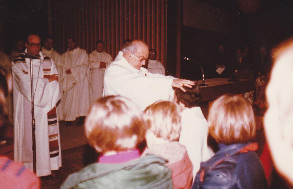 Ordination au Centre Oécuménique Saint Marc à Grenoble le samedi 4 février 1978 présidée par le Père Gabriel Matagrin, Evêque de Grenoble