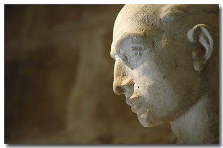 """<p><strong>L'Abbaye cistercienne de Royaumont - Val d'Oise<br /><em><a href=""""http://www.maitrepo.com/article-1871393.html"""" target=""""_blank"""">-> Lire l'article associé</a><br /></em></strong></p>"""