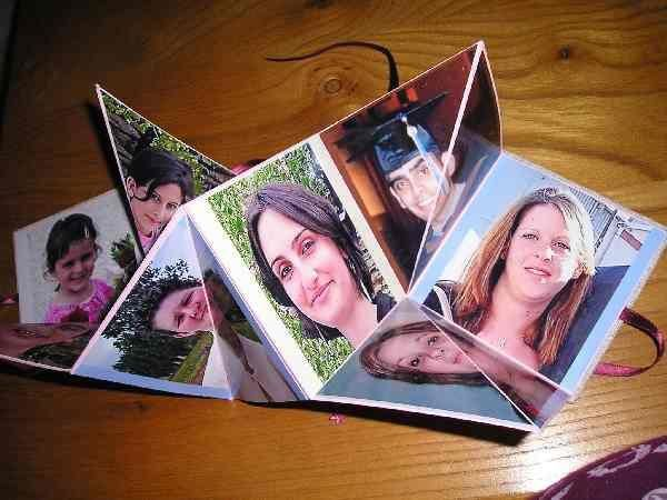 """<p>Envie d'avoir le votre ? Les explications sont <a href=""""http://lucialoo.over-blog.com/article-1597662.html"""">ICI</a>.</p><p>N'h&eacute&#x3B;sitez pas &agrave&#x3B; m'envoyer&nbsp&#x3B;vos photos, je les rajouterai volontier &agrave&#x3B; l'album...</p><p>D&eacute&#x3B;sol&eacute&#x3B;e mais Over Blog a fait des siennes et a supprim&eacute&#x3B; toutes mes anotations (auteur, mod&egrave&#x3B;le, etc), alors dor&eacute&#x3B;navant je ne mettrais plus que les photos...</p>"""