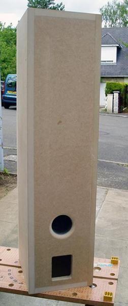 Cet album photo reprends toutes les &eacute&#x3B;tapes des 100 heures n&eacute&#x3B;cessaires &agrave&#x3B; la construction de ces petites colonnes au design personnalis&eacute&#x3B; et unique....