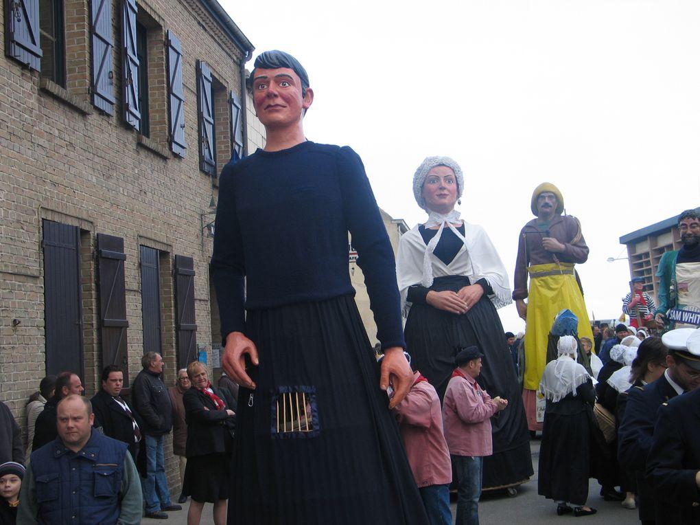 Fête de la matelote de Grand-Fort-Philippe.Naissance de Gut Baptême et ronde des géants 4 & 5 avril 2009
