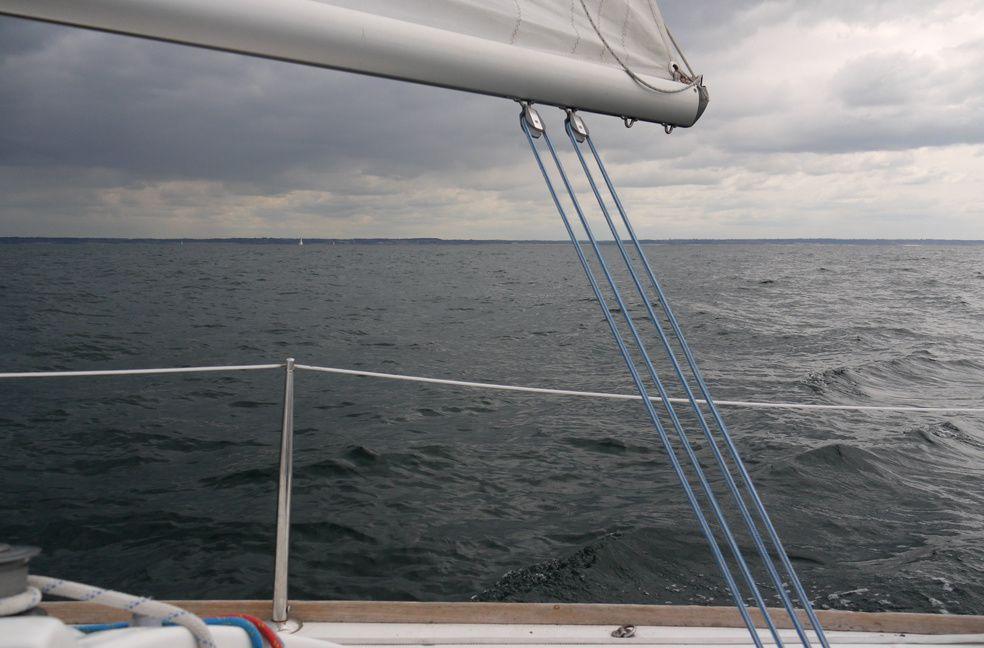 4 jours en mer sur un First 211.Une promenade qui nous mène de St Malo à Dahouet et de St Cast à Chausey.Une promenade vivifiante.