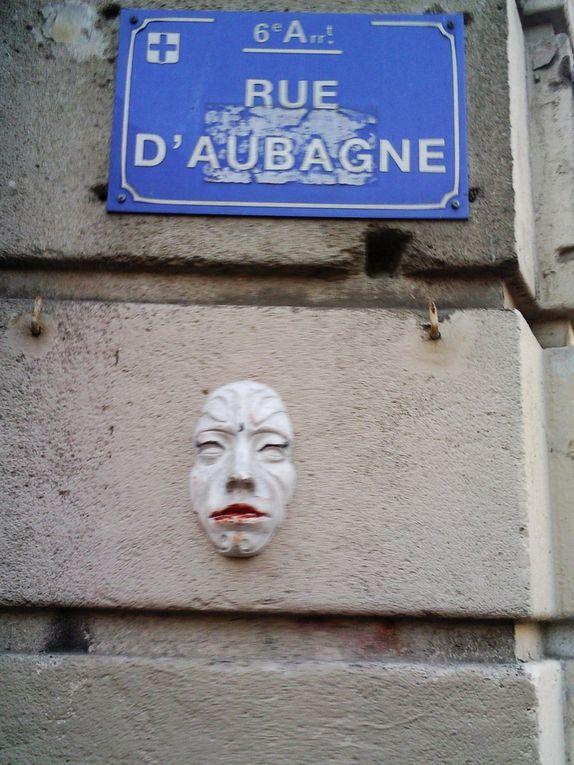 Résultats photograffiques de notre balade dans MarseillePour notre récolte de graffs à message écrit :  http://photograffeurs.over-blog.net/article-resultats-photograffiques-de-notre-balade-graffique-textuelle-sur-la-planete-mars-74102437.html