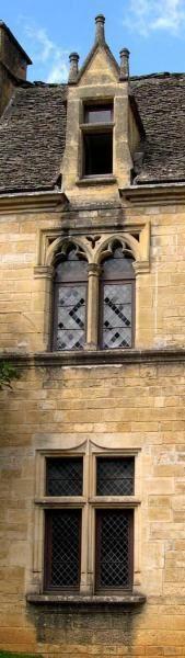<p>Montignac, les quais, Lascaux &eacute&#x3B;ternel...</p><p>Balade dans les rues de Saint-Geni&egrave&#x3B;s un apr&egrave&#x3B;s midi du mois d'aout 2005</p>