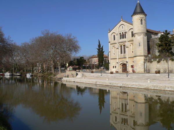 """Promenade en images le long du canal du Midi, du port de l'Embouchure à Toulouse à Sète et l'étang de Thau.<br /><span style=""""font-style: italic&#x3B;"""">(l'album devrait s'enrichir au fil des saisons et au gré des occasions)</span>"""