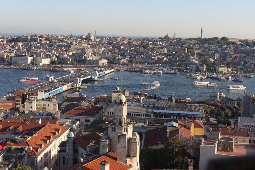Mosquées, pêcheurs, baklavas, faïences, chats de rue, manifestants de Taksim... Tout ça au programme d'un chouette week-end stambouliote.