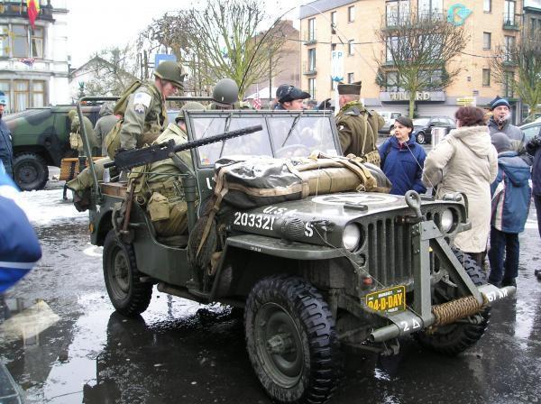 Voici des photos du 60eme anniverssaire de la lib&eacute&#x3B;ration de Bastogne.