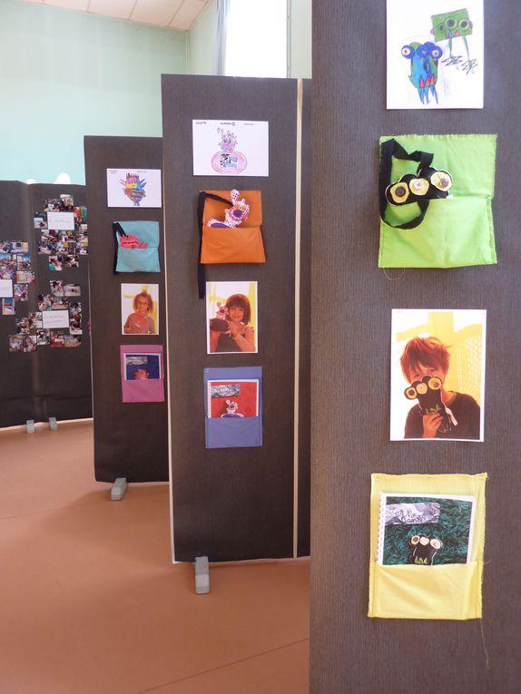 """""""monstres de papier, monstres de tissu"""" exposition à l'école Mozart à Lille juin 2010"""