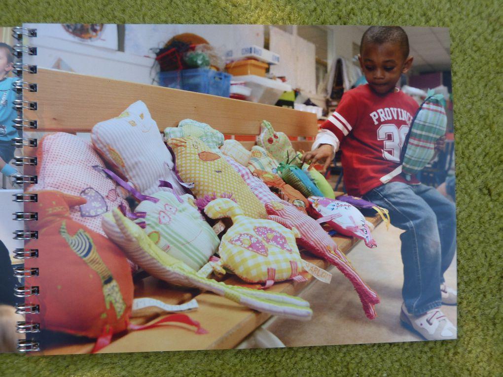 """livre du projet """"Bonhomme Têtard""""école Les Moulins avec la classede petite section de Mme Dorchies.2009"""
