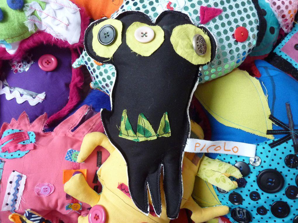Doudous monstres créés par les enfants de GS de Mme Lebourg à l'école Mozart à Lille.2010