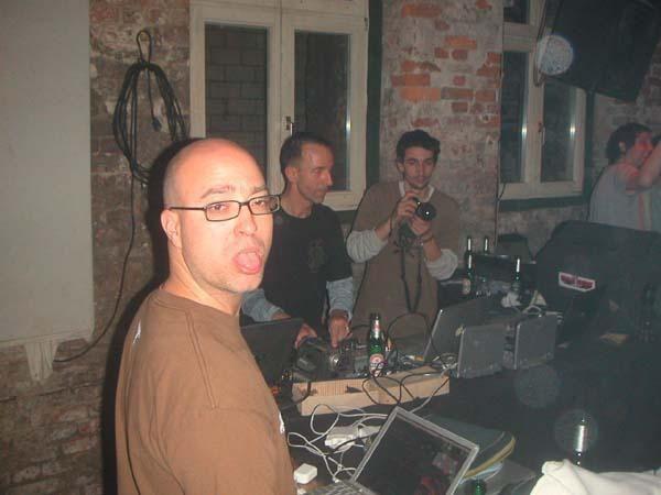 Festival et Rencontre internationale d'artistes Visuels a BERLIN 27-30 Decembre 2007<br />International AudioVisual Encounter BERLIN 27 - 30 DEC 2007