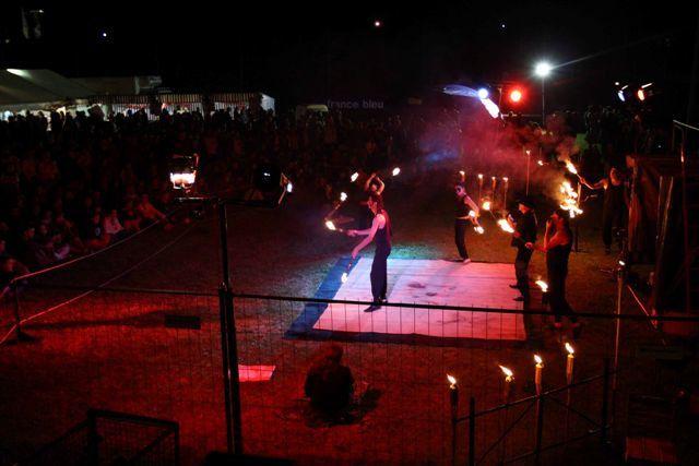 voici quelques photos de notre spectacle de feu.