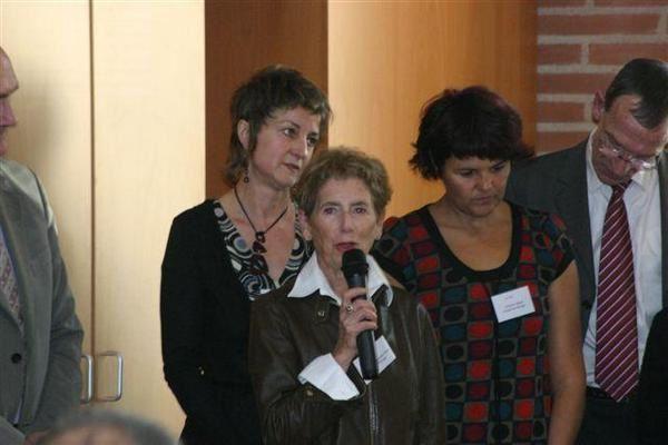 Images du 4° forum between2jobs qui a eu lieu le 24 octobre 2008 dans la salle Antoine Osète à Toulouse