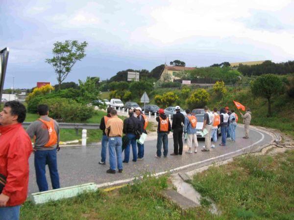 La CFDT d'EUROCOPTER au coeur des manifestations &agrave&#x3B; Marseille ou devant l'usine d'EUROCOPTER...