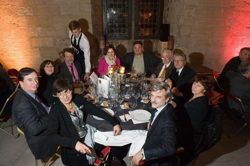 Repas de gala lors du Grand Conseil de l'Echansonnerie des Papes en Avignon le 8 décembre 2012, salle du Grand Tinel.