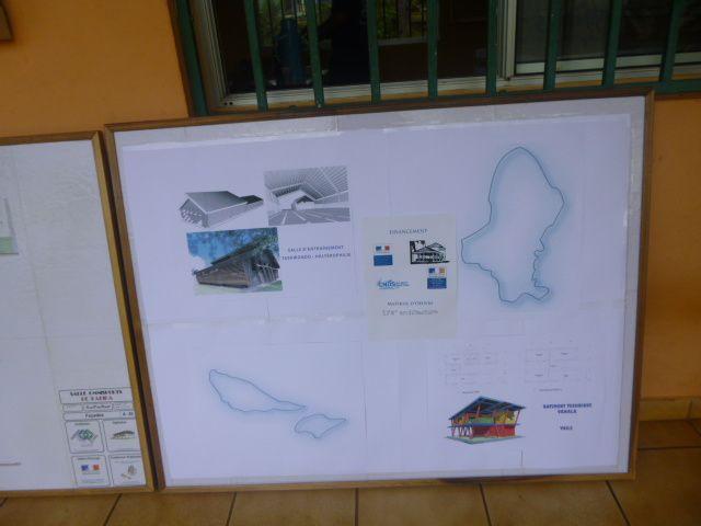 A un an des mini-jeux 2013 ( 02 au 12 septembre 2013 ), Wallis et Futuna se prépare à l'événement et fête ainsi ce jour . Vous verrez une série de photos sur l'événement.