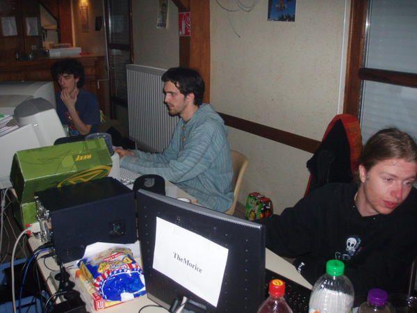 Lan party du 24 au 26 f&eacute&#x3B;vrier 2006 &agrave&#x3B; St Michel D'Aurance
