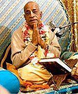 A une époque où règne la plus grande confusion, quel bonheur de savoir qu'il existe un maître spirituel qualifié tel Srila Prabhupada pour nous guider...